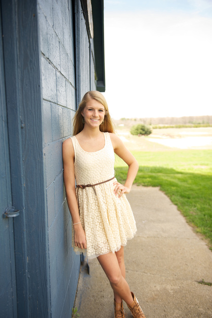 Civvies Culver Indiana Best Clothes for Senior Portraits